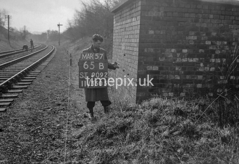 SJ909265B, Ordnance Survey Revision Point photograph in Greater Manchester