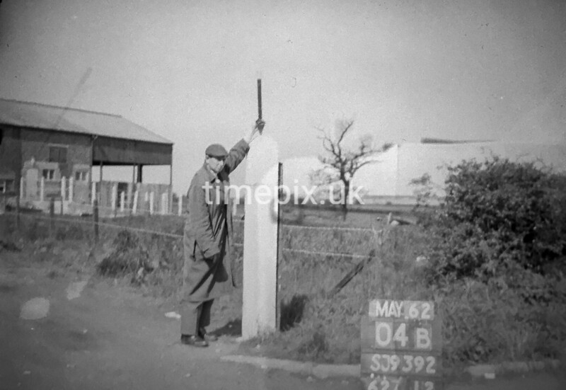 SJ939204B, Ordnance Survey Revision Point photograph in Greater Manchester