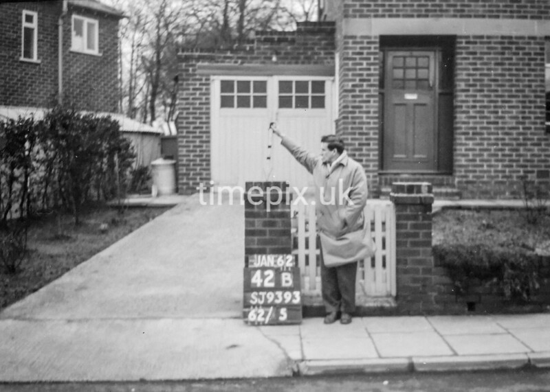 SJ939342B, Ordnance Survey Revision Point photograph in Greater Manchester