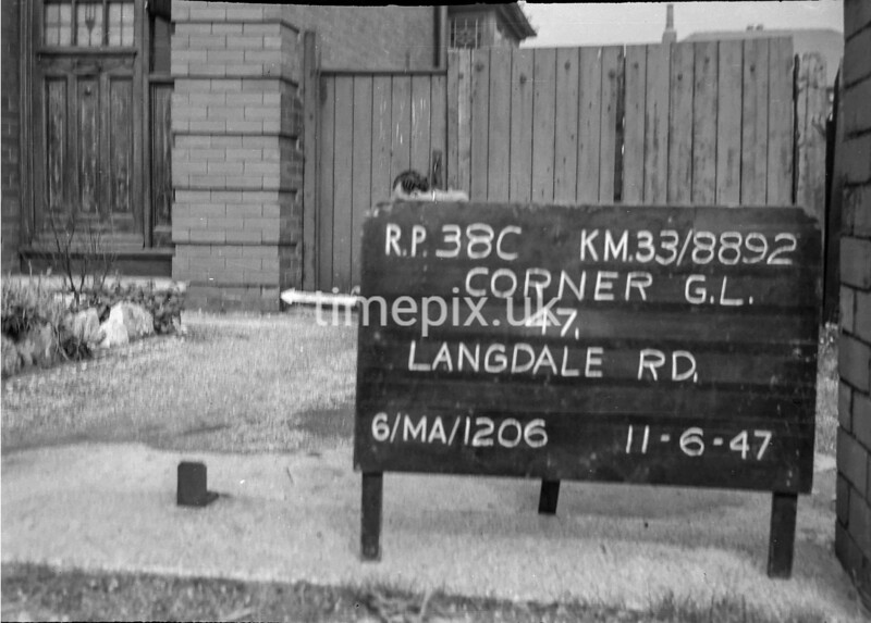 SJ889238C, Ordnance Survey Revision Point photograph in Greater Manchester