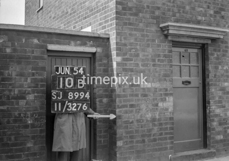SJ899410B, Ordnance Survey Revision Point photograph in Greater Manchester