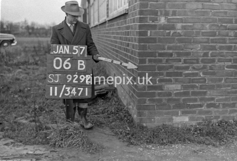 SJ929206B, Ordnance Survey Revision Point photograph in Greater Manchester
