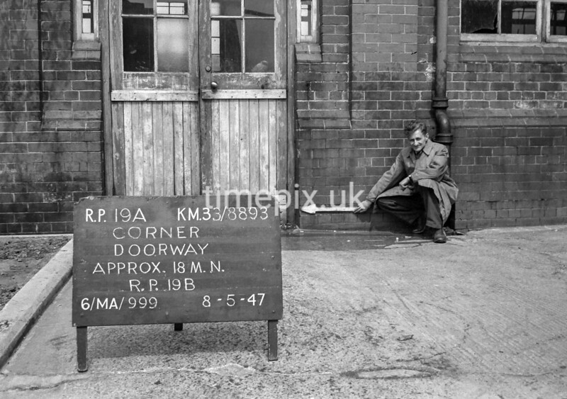 SJ889319A, Ordnance Survey Revision Point photograph in Greater Manchester