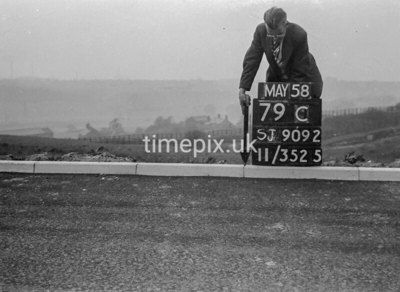 SJ909279C, Ordnance Survey Revision Point photograph in Greater Manchester