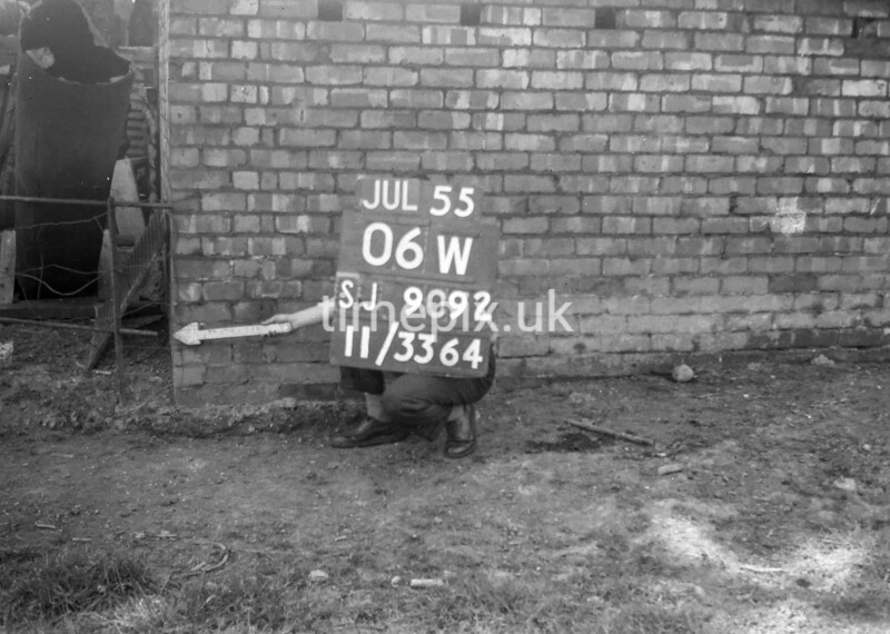 SJ909206W, Ordnance Survey Revision Point photograph in Greater Manchester