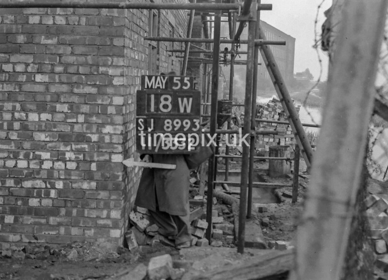 SJ899318W, Ordnance Survey Revision Point photograph in Greater Manchester