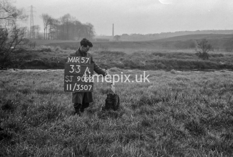 SJ909233A, Ordnance Survey Revision Point photograph in Greater Manchester