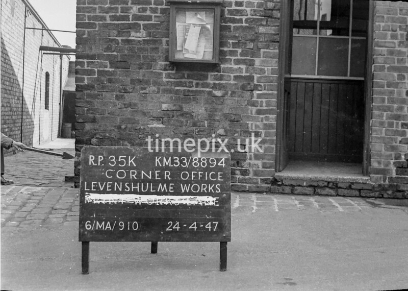 SJ889435K, Ordnance Survey Revision Point photograph in Greater Manchester