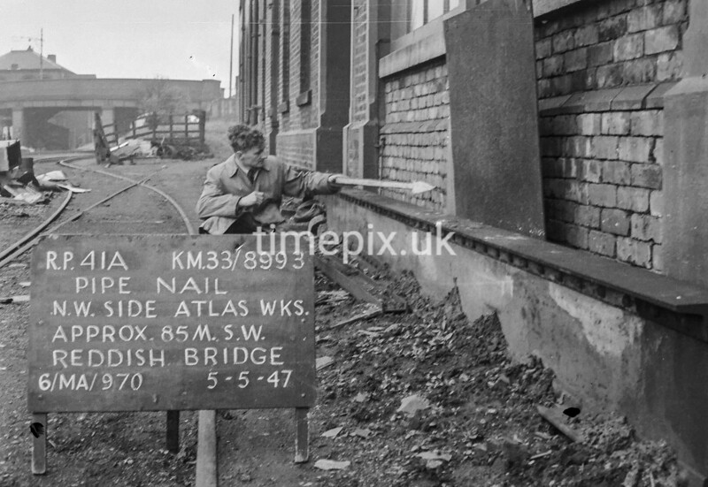 SJ899341A, Ordnance Survey Revision Point photograph in Greater Manchester