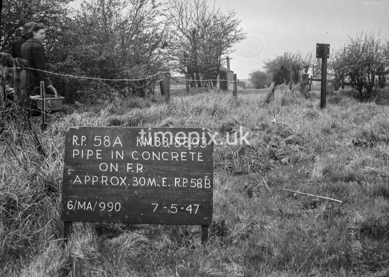 SJ889358A, Ordnance Survey Revision Point photograph in Greater Manchester