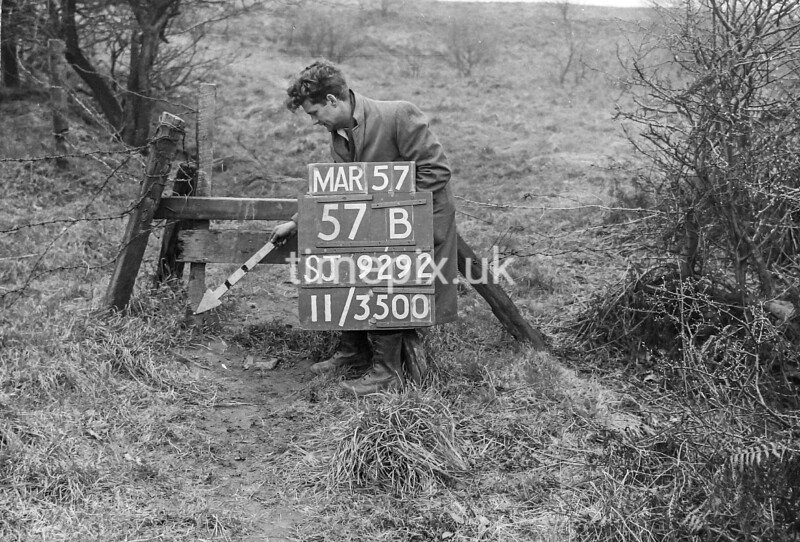 SJ929257B, Ordnance Survey Revision Point photograph in Greater Manchester