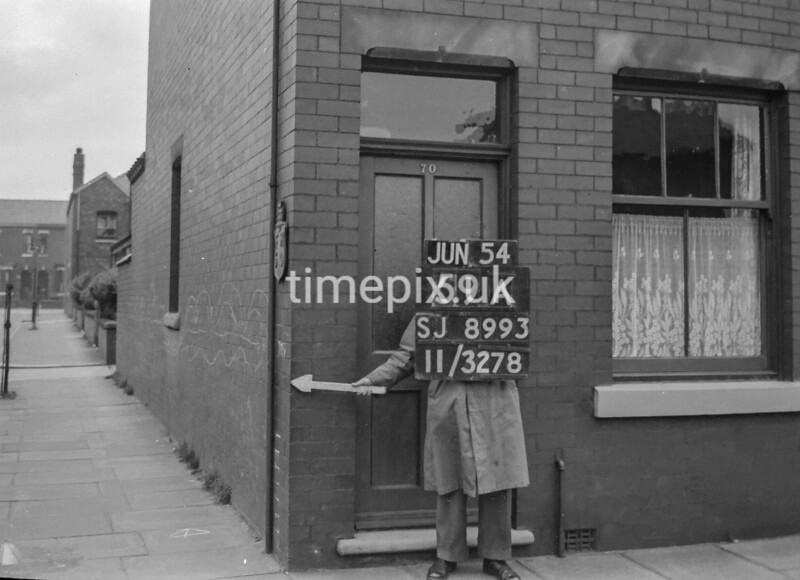 SJ899359A, Ordnance Survey Revision Point photograph in Greater Manchester