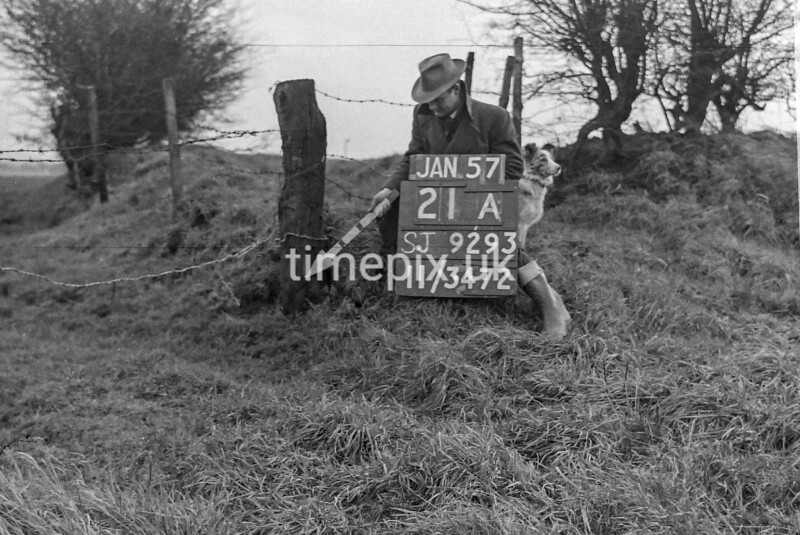 SJ929321A, Ordnance Survey Revision Point photograph in Greater Manchester