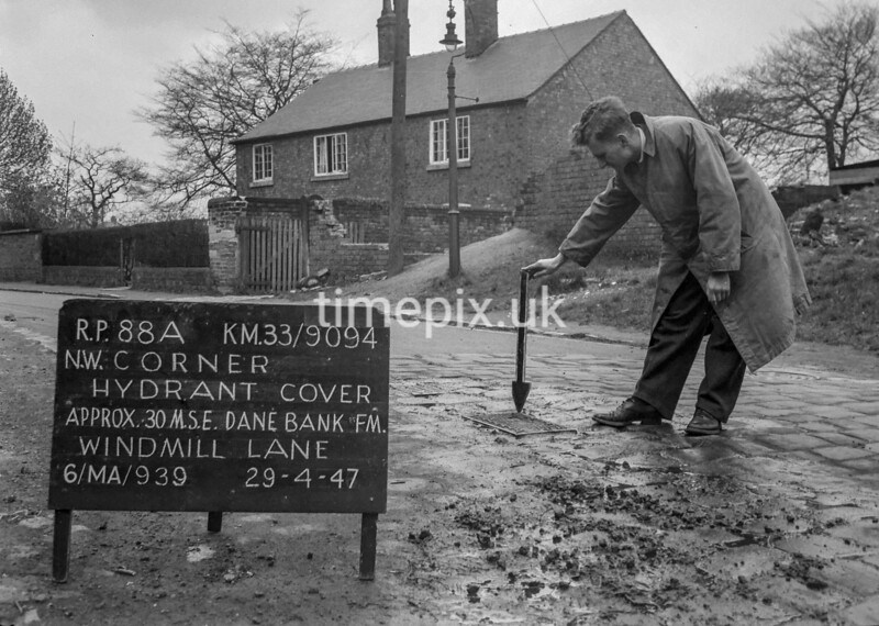 SJ909488A, Ordnance Survey Revision Point photograph in Greater Manchester