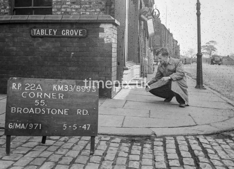 SJ899322A, Ordnance Survey Revision Point photograph in Greater Manchester