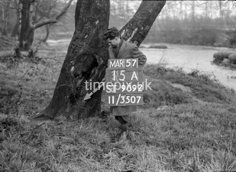 SJ909215A, Ordnance Survey Revision Point photograph in Greater Manchester