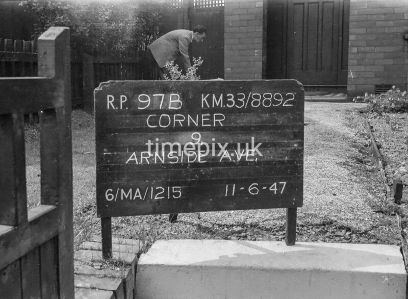 SJ889297B, Ordnance Survey Revision Point photograph in Greater Manchester