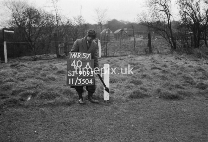SJ909340A, Ordnance Survey Revision Point photograph in Greater Manchester