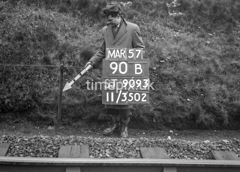 SJ909390B, Ordnance Survey Revision Point photograph in Greater Manchester