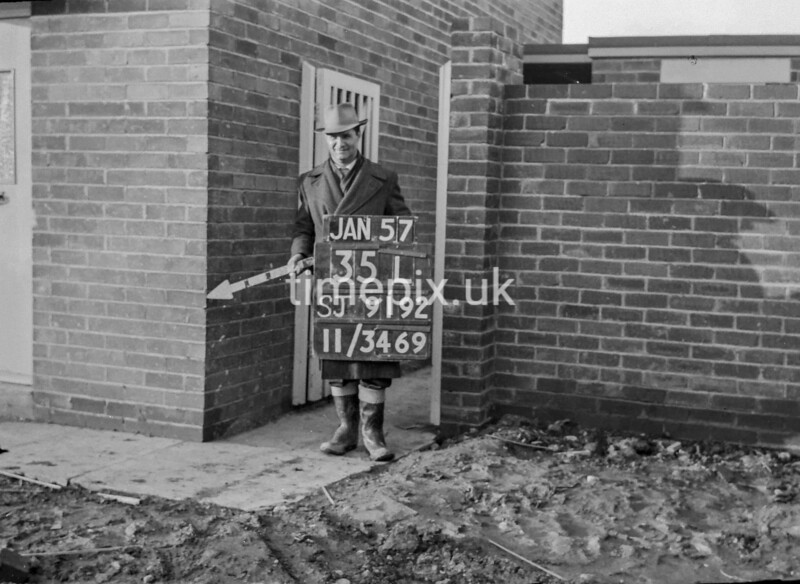 SJ919235L, Ordnance Survey Revision Point photograph in Greater Manchester