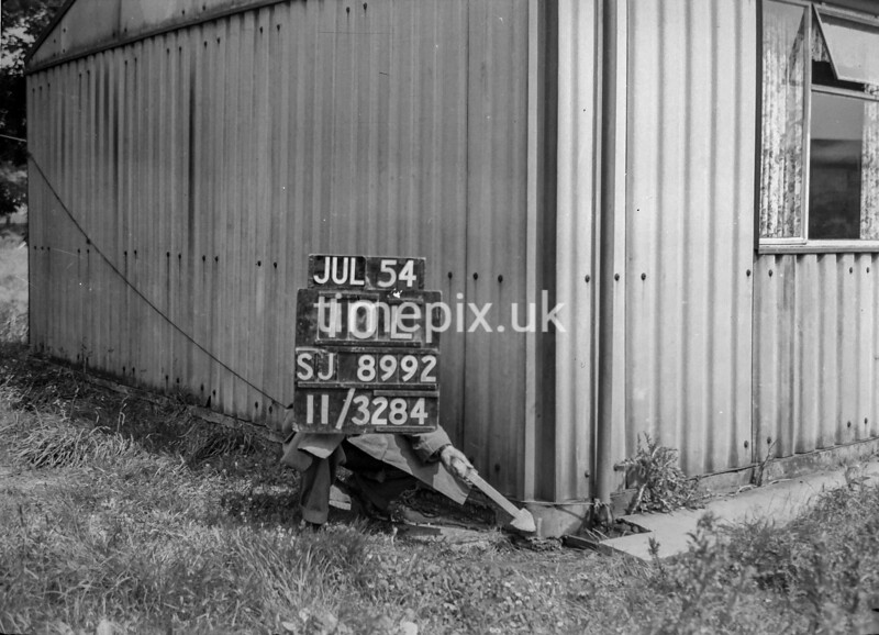 SJ899210L, Ordnance Survey Revision Point photograph in Greater Manchester