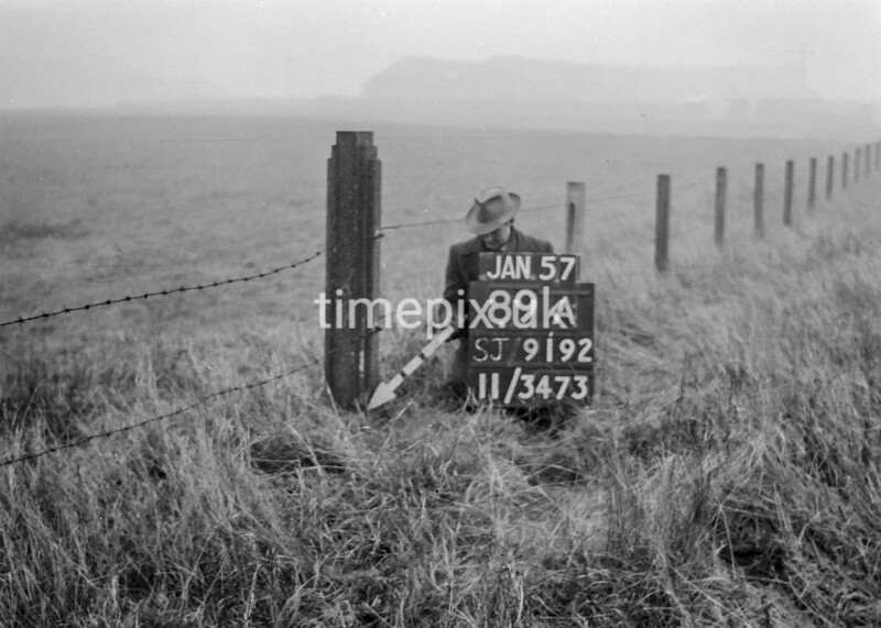 SJ919289A, Ordnance Survey Revision Point photograph in Greater Manchester