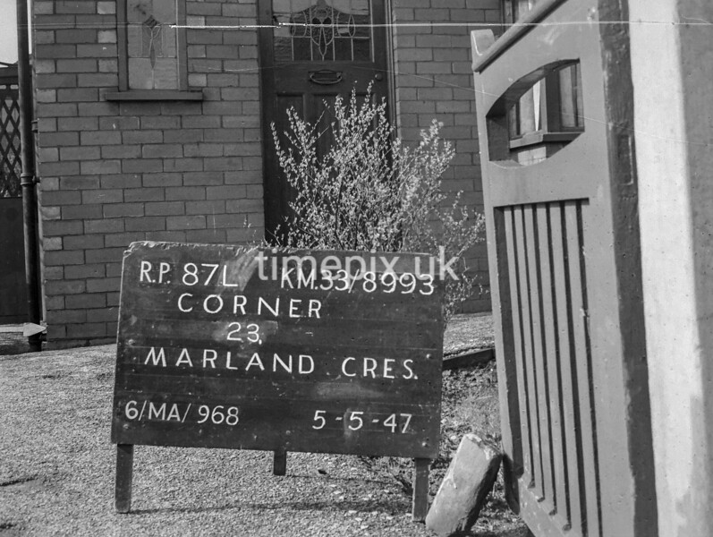 SJ899387L, Ordnance Survey Revision Point photograph in Greater Manchester
