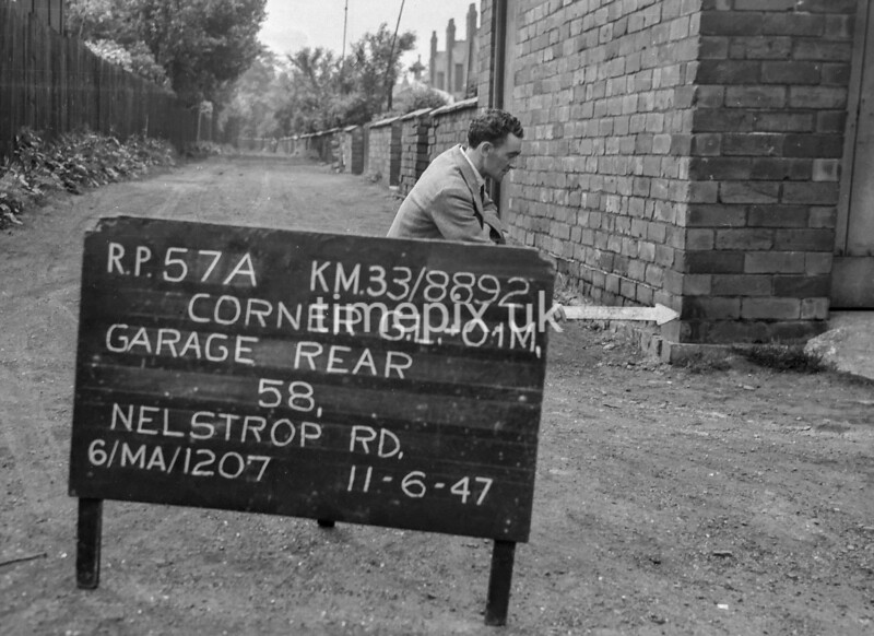 SJ889257A, Ordnance Survey Revision Point photograph in Greater Manchester