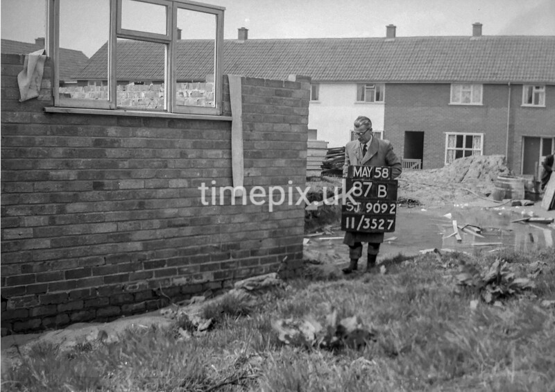SJ909287B, Ordnance Survey Revision Point photograph in Greater Manchester