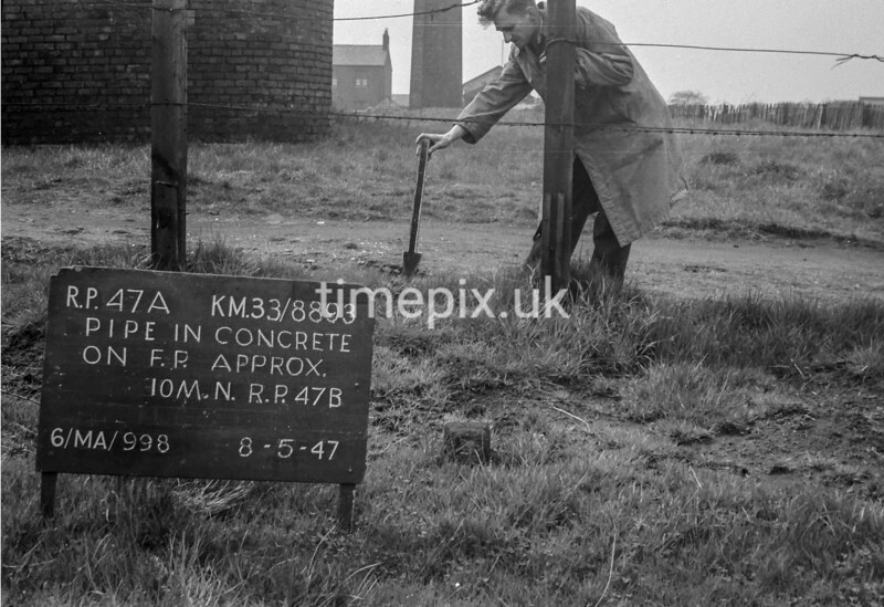 SJ889347A, Ordnance Survey Revision Point photograph in Greater Manchester