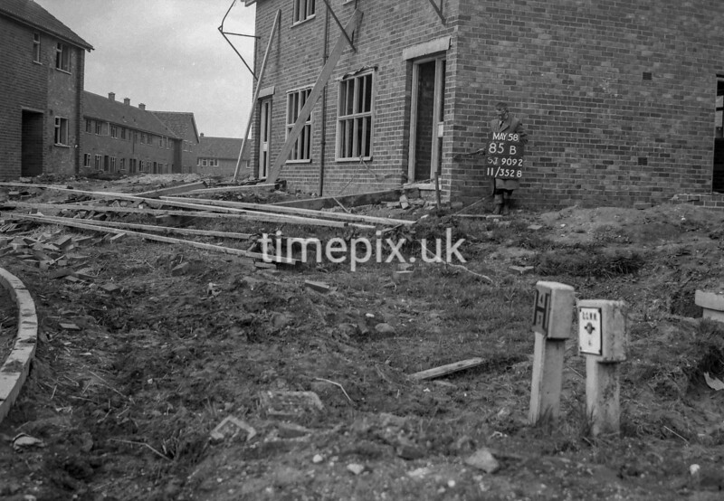 SJ909285B, Ordnance Survey Revision Point photograph in Greater Manchester