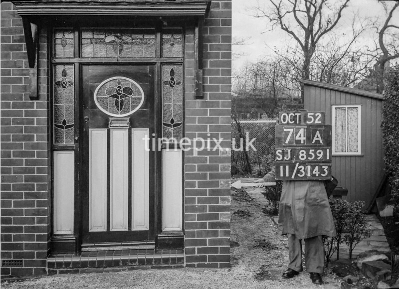 SJ859174A, Ordnance Survey Revision Point photograph in Greater Manchester