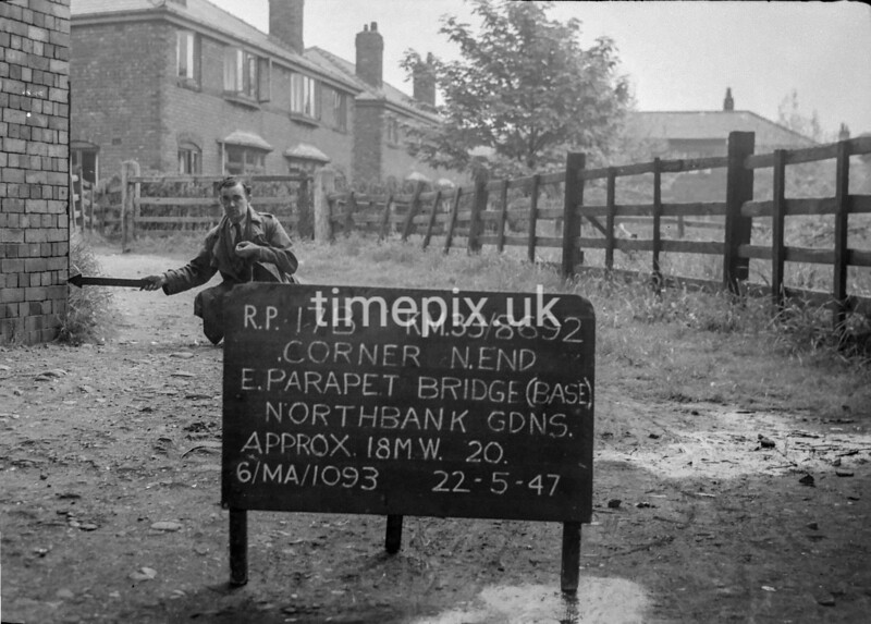 SJ869217B, Ordnance Survey Revision Point photograph in Greater Manchester