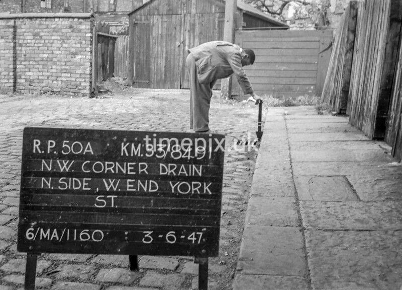 SJ849150A, Ordnance Survey Revision Point photograph in Greater Manchester