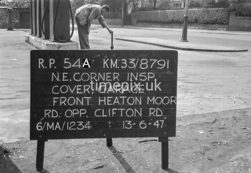 SJ879154A1, Ordnance Survey Revision Point photograph in Greater Manchester