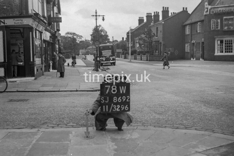 SJ869278W, Ordnance Survey Revision Point photograph in Greater Manchester