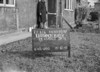 SJ859282L, Ordnance Survey Revision Point photograph in Greater Manchester