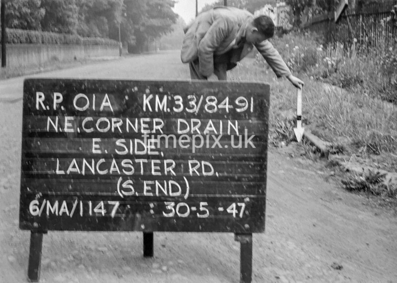 SJ849101A1, Ordnance Survey Revision Point photograph in Greater Manchester