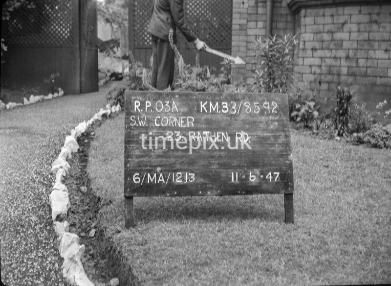 SJ859203A, Ordnance Survey Revision Point photograph in Greater Manchester