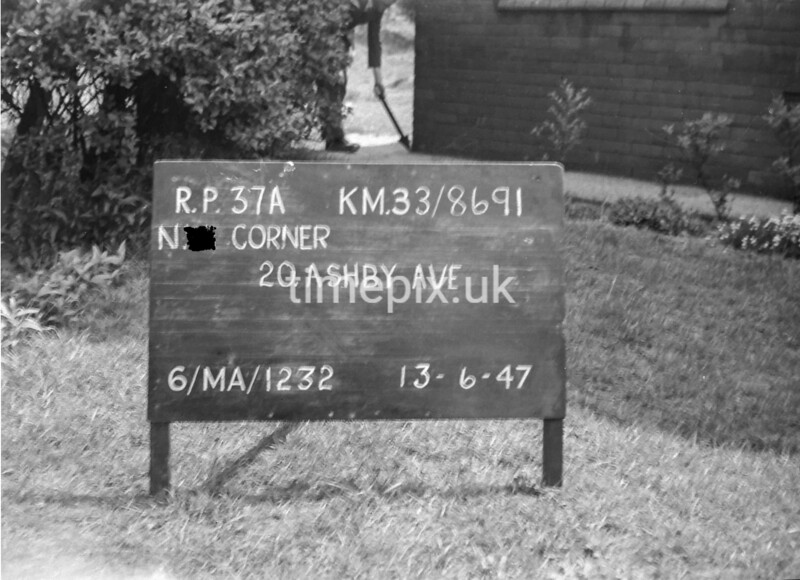 SJ869137A, Ordnance Survey Revision Point photograph in Greater Manchester