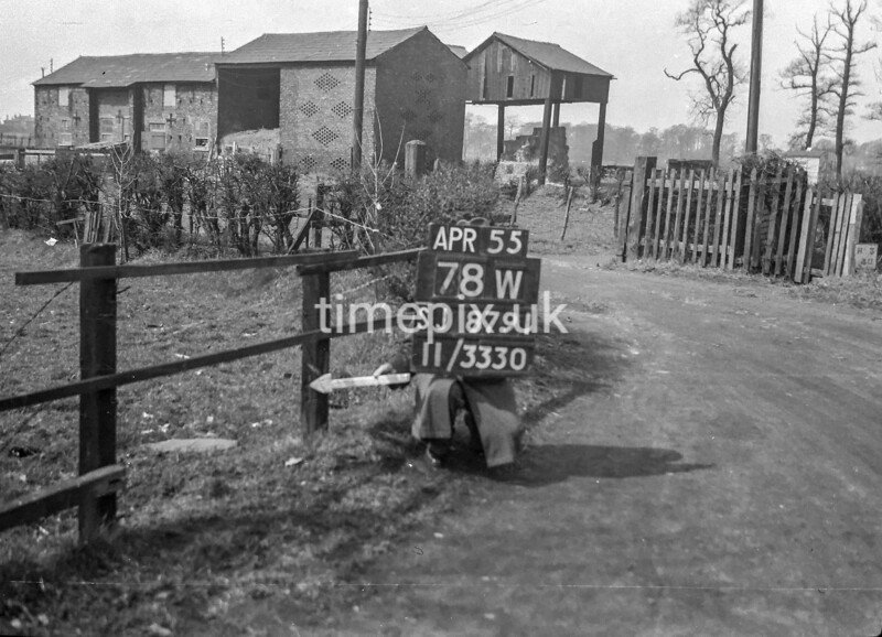 SJ879178W, Ordnance Survey Revision Point photograph in Greater Manchester