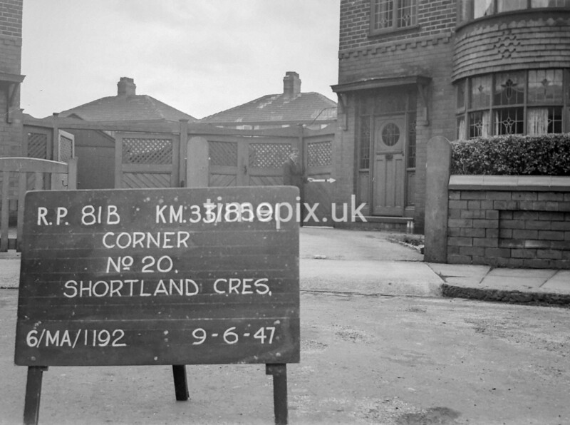 SJ859181B, Ordnance Survey Revision Point photograph in Greater Manchester