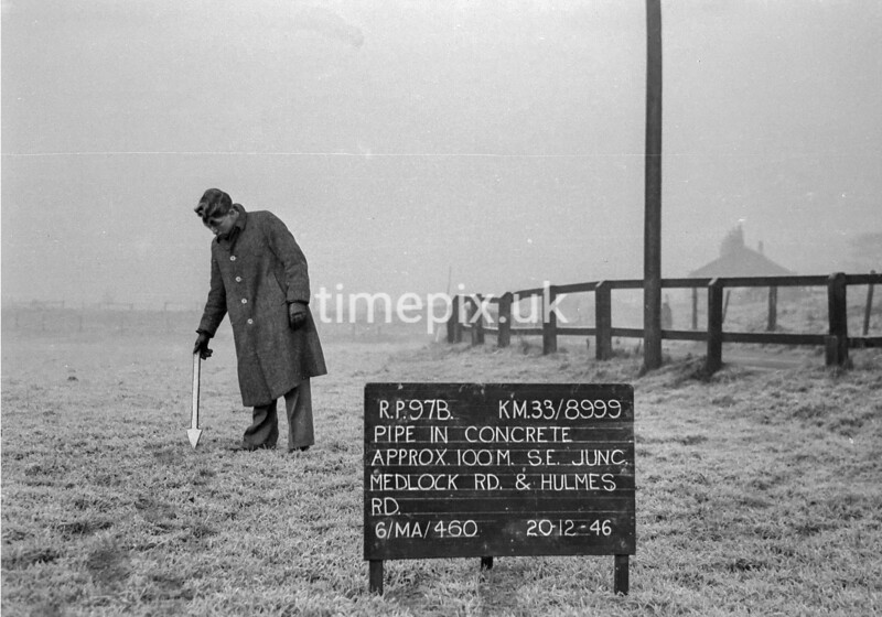 SJ899997B, Ordnance Survey Revision Point photograph in Greater Manchester