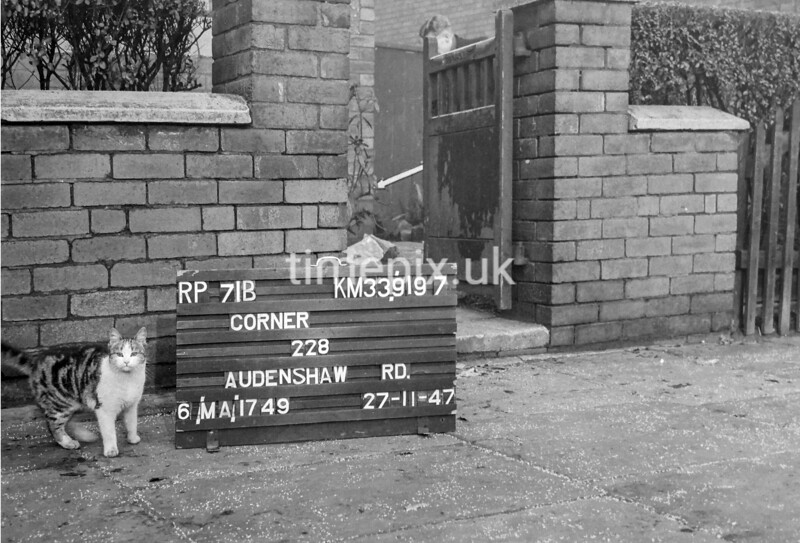 SJ919771B, Ordnance Survey Revision Point photograph in Greater Manchester