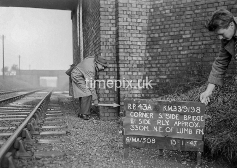 SJ919843A, Ordnance Survey Revision Point photograph in Greater Manchester
