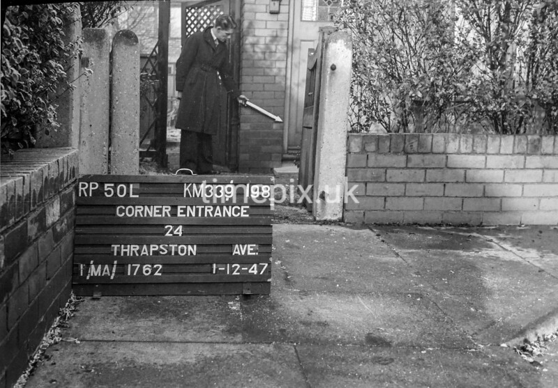 SJ919850L, Ordnance Survey Revision Point photograph in Greater Manchester