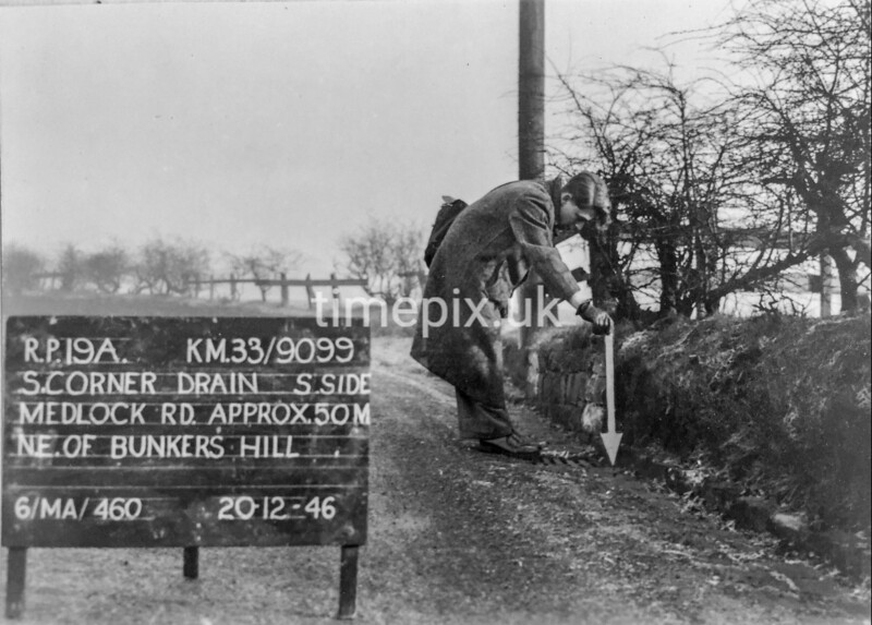 SJ909919A, Ordnance Survey Revision Point photograph in Greater Manchester