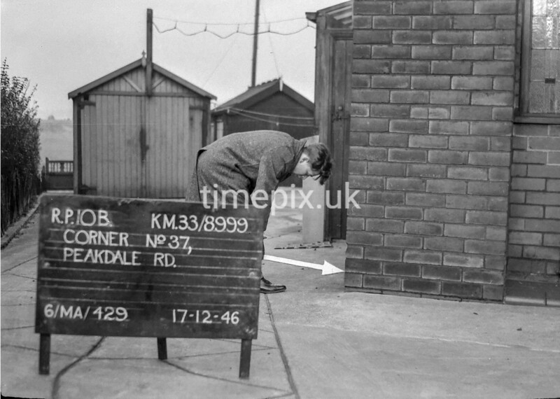 SJ899910B, Ordnance Survey Revision Point photograph in Greater Manchester