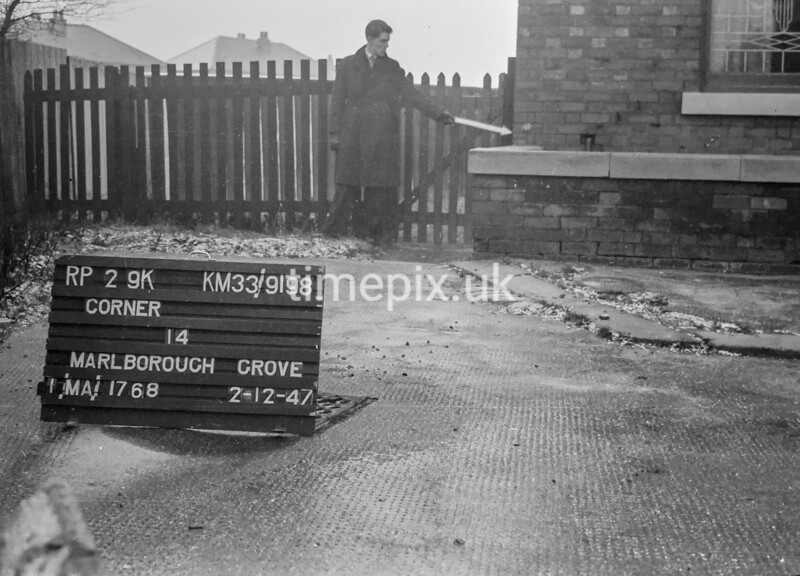 SJ919829K, Ordnance Survey Revision Point photograph in Greater Manchester