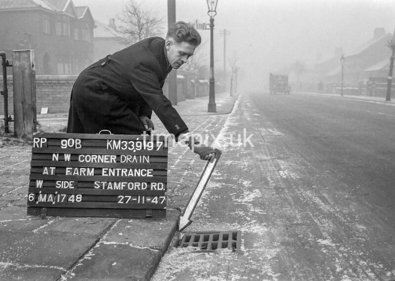 SJ919790B, Ordnance Survey Revision Point photograph in Greater Manchester